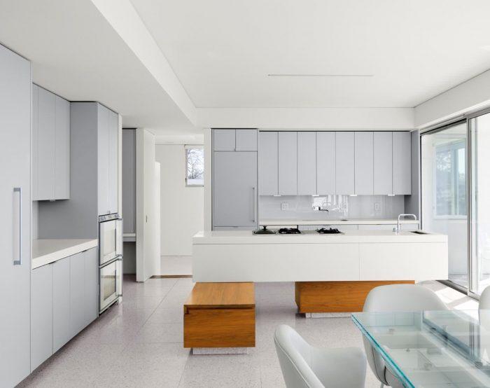 کابینت آشپزخانه سفید قهوه ای