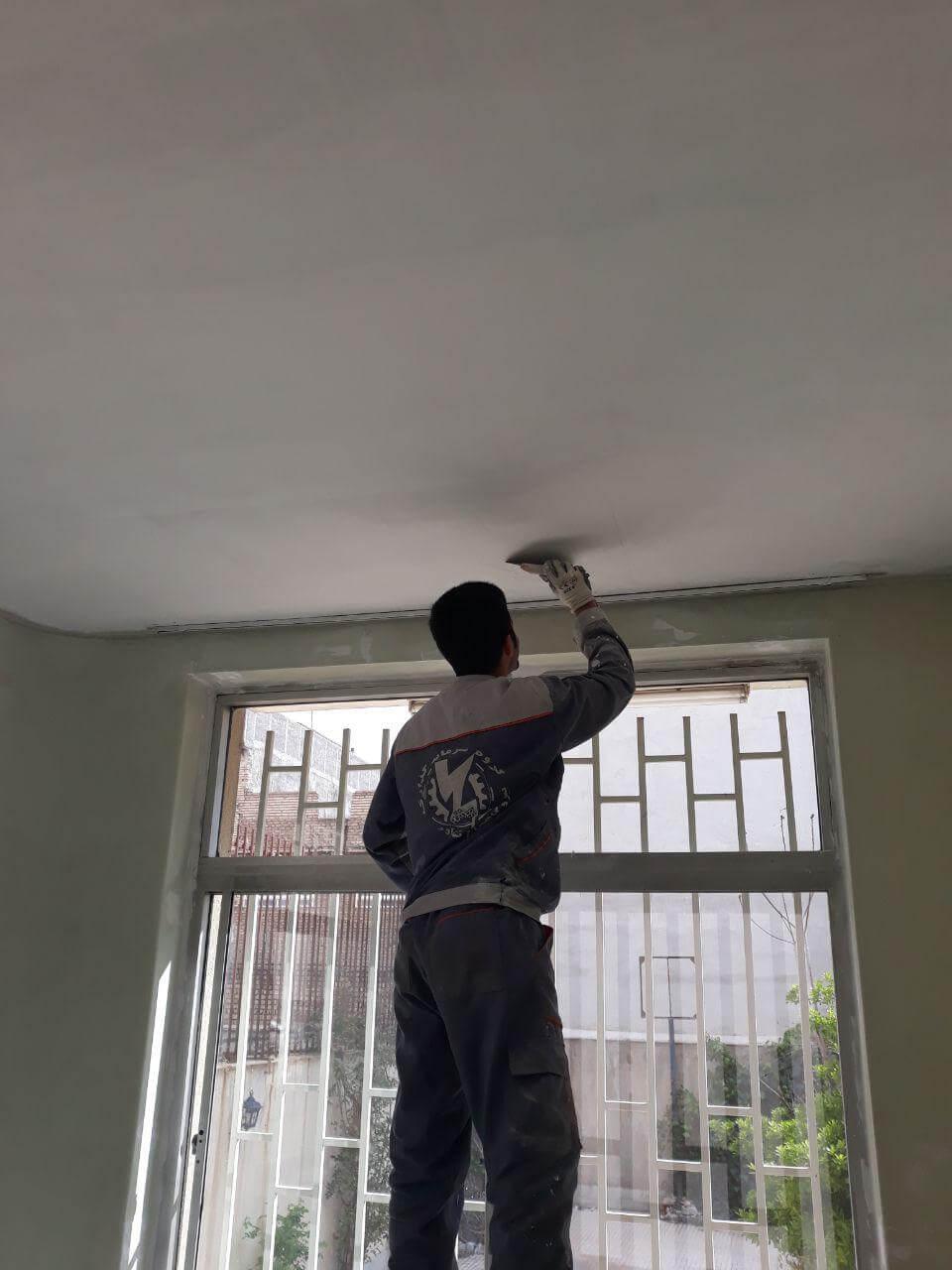 رنگ آمیزی و بتونه سقف پلاستیک
