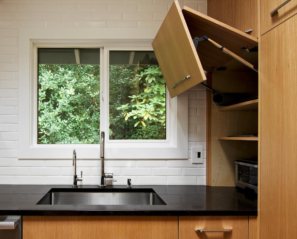 کابینت آشپزخانه مدرن برای آشپزخانه های کوچک