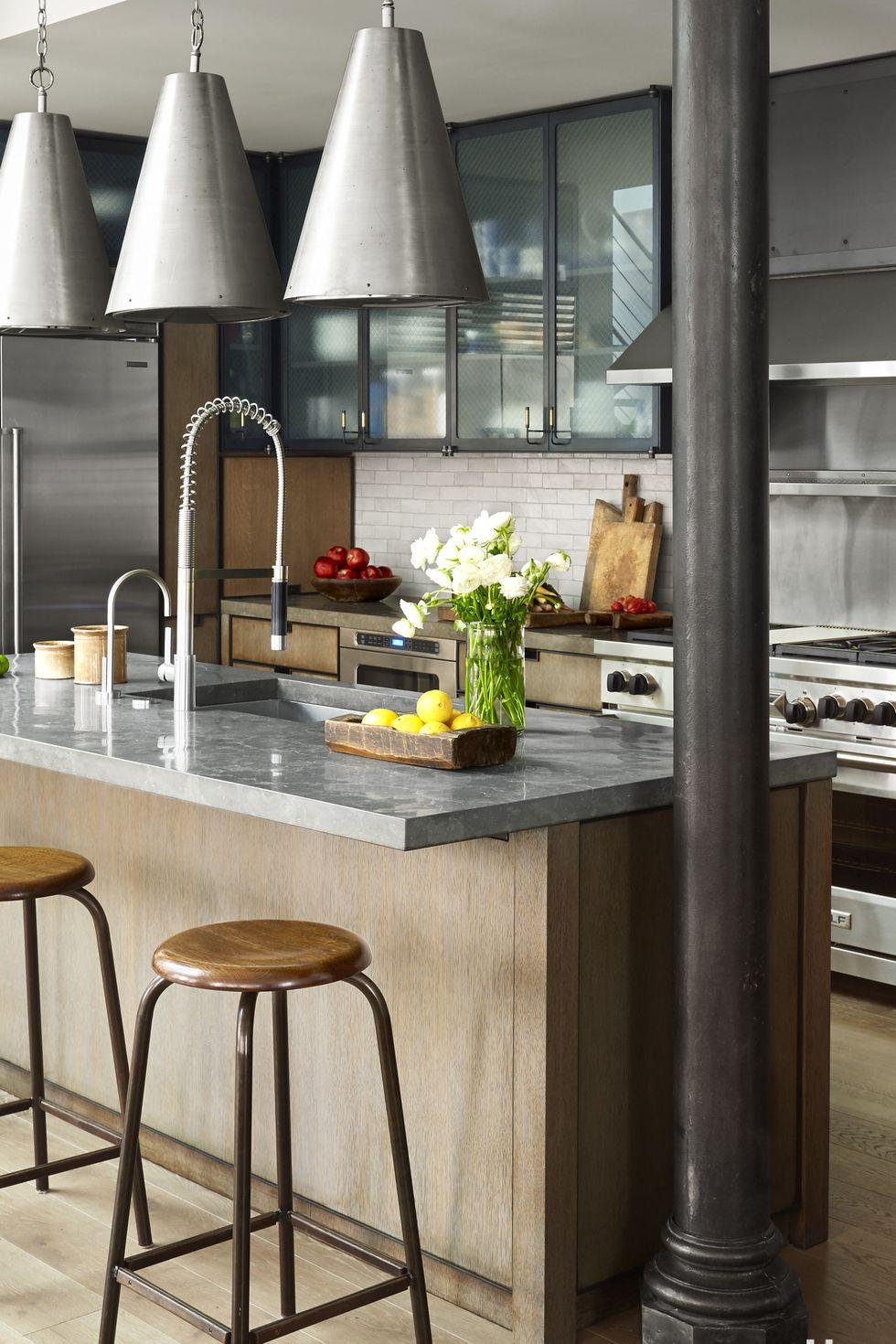 آشپزخانه مدرن-تلفیق طراحی مدرن و کلاسیک