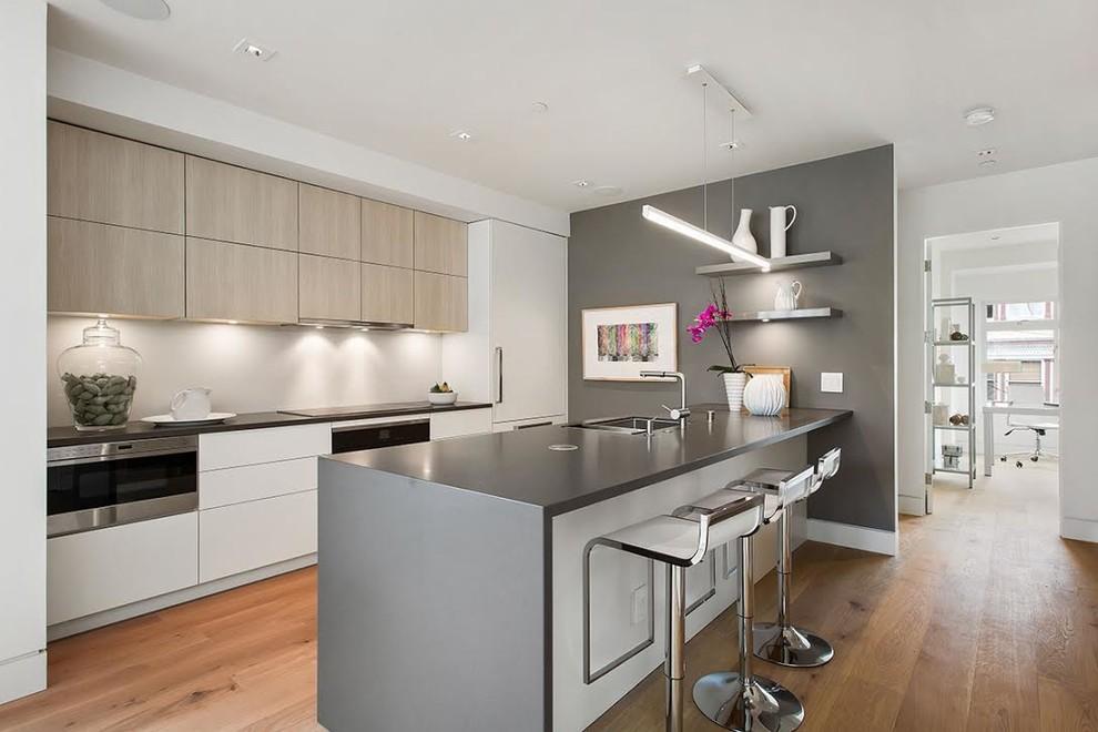 آشپزخانه مدرن و کابینت مدرن- مدل طوسی سفید کابینت آشپزخانه