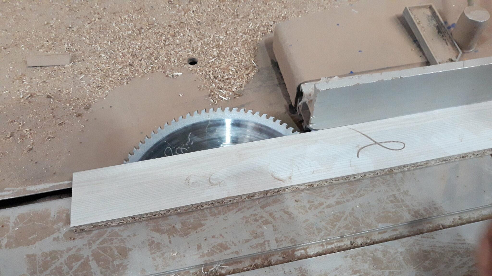 دستگاه برش چوب