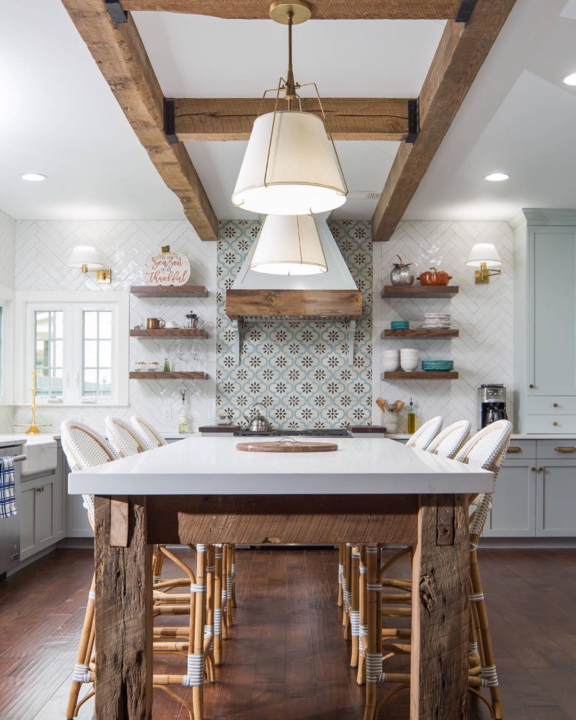 کابینت چوبی کلاسیک ترکیب رنگ طوسی