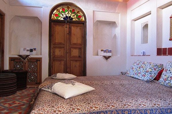 چیدمان سنتی اتاق 1