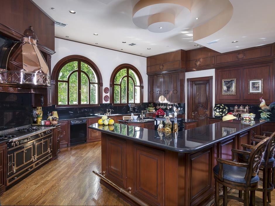طراحی آشپزخونه 16 متری 8