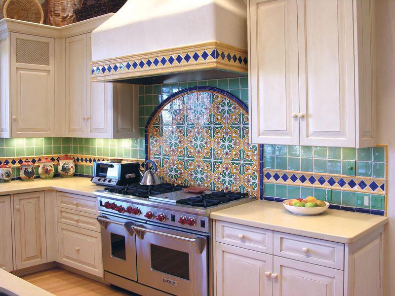 چیدمان آشپزخانه ایرانی 17