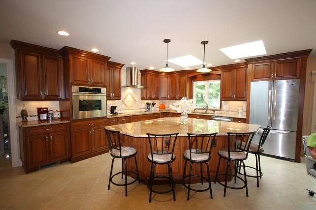 طراحی آشپزخانه سه گوش