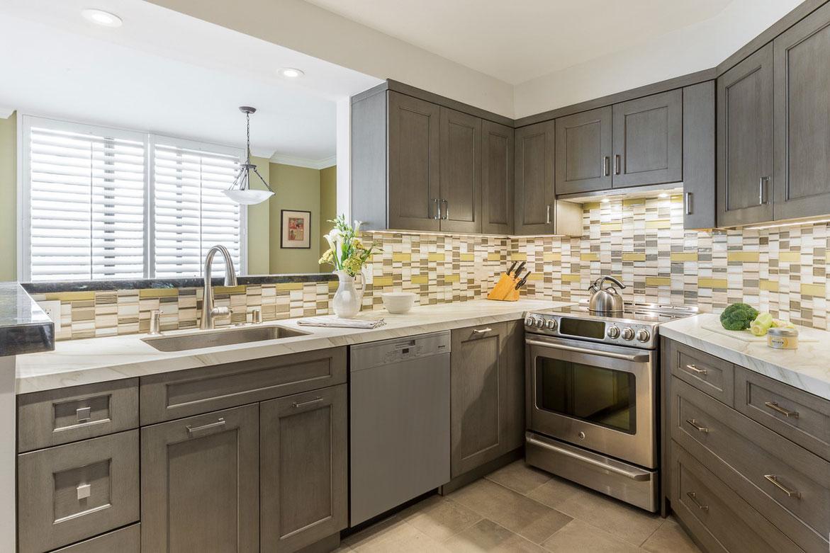طراحی آشپزخانه سه گوش 6