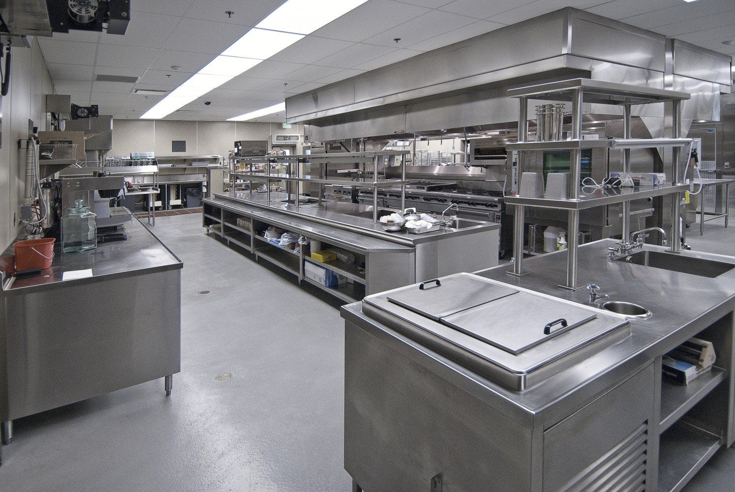 آشپزخانه صنعتی 8