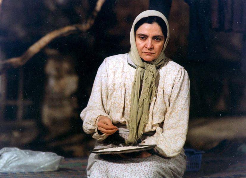 دکوراسیون داخلی در فیلم مهمان مامان (3)