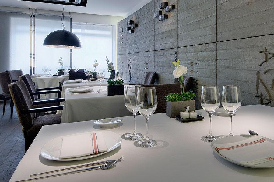 طراحی لاکچری رستوران داخلی (16)