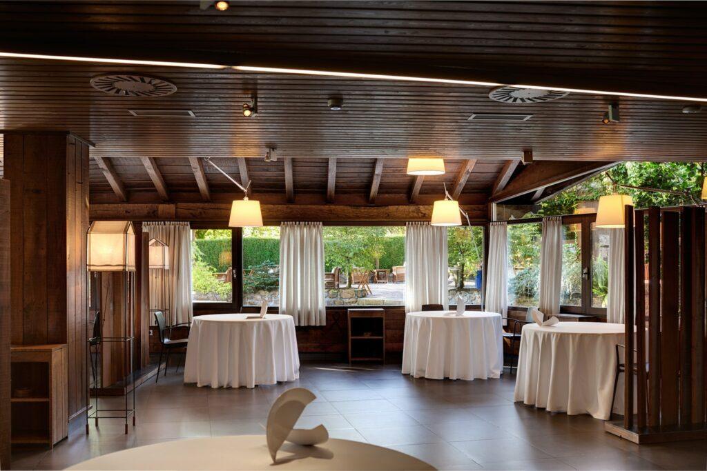 طراحی لاکچری رستوران داخلی (4)